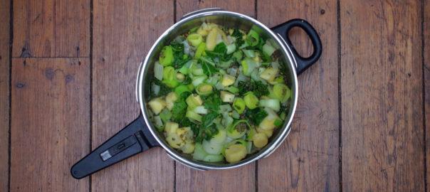 Légumes dans une poêle