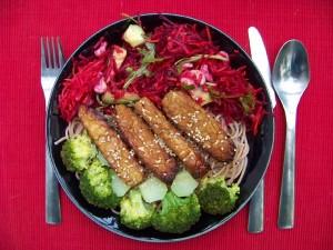 Foto van een maaltijd op basis van Tempeh